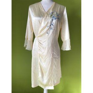 Secret Treasures Bell Tie Waist Sleepwear Robe L